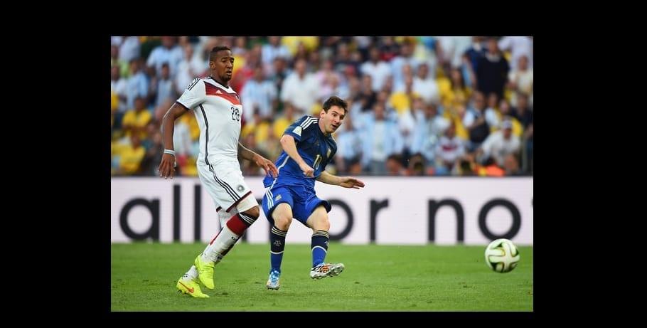 Photo de Boateng répond aux moqueries suite à son humiliation Par Messi… Balotelli réagit: photos