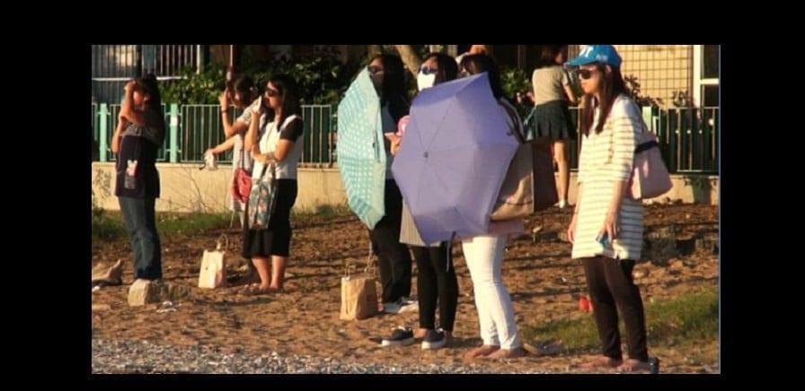 Photo de Chine: Pour perdre du poids, les femmes passent leur temps à regarder le soleil (PHOTOS)