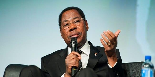 Photo de Burkina Faso: Selon le président Yayi Boni, la transition pourrait être de retour