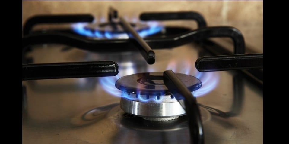 Photo de Astuce: nettoyez efficacement les brûleurs de gaz avec du vinaigre blanc