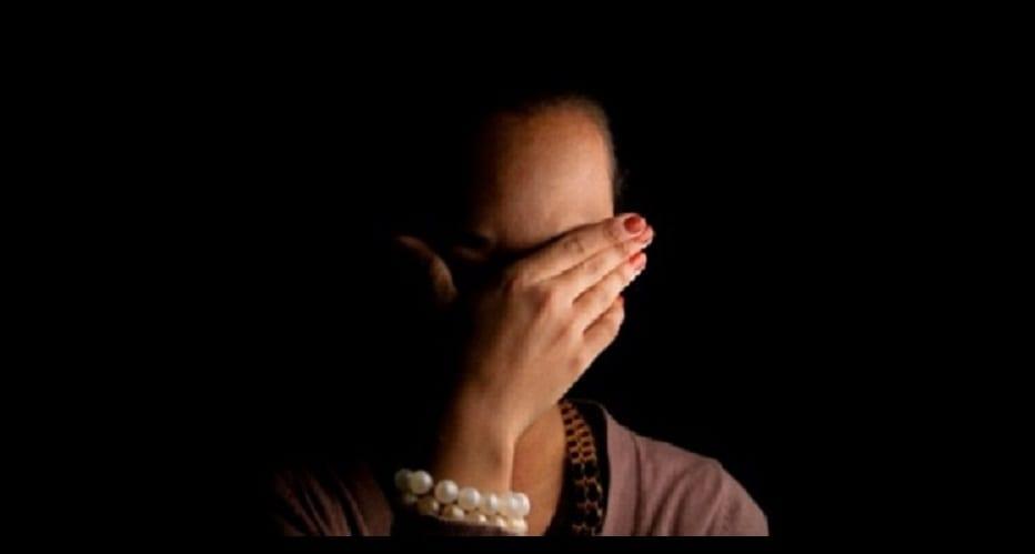 Photo de Abidjan: Pour éviter la honte, une femme de 42 ans fait emprisonner son amant de 19 ans