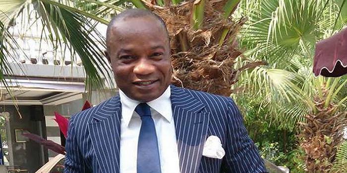 Photo de Koffi Olomidé candidat à la présidentielle contre Kabila?