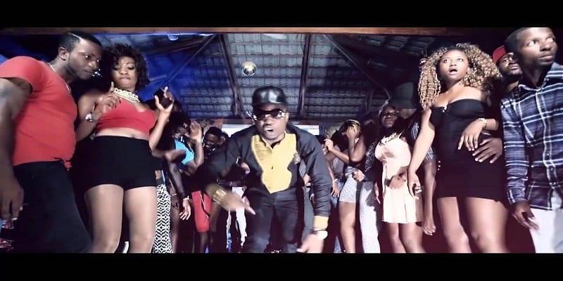Photo de Cameroun : une autorité administrative interdit la chanson « coller la petite »…les raisons