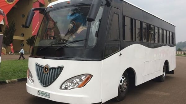 Photo de L'Ouganda construit le premier bus à énergie solaire en Afrique