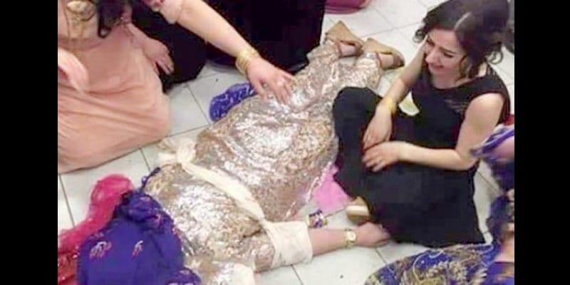 Photo de Elle reçoit trois balles dans la tête pour avoir refusé d'épouser son cousin