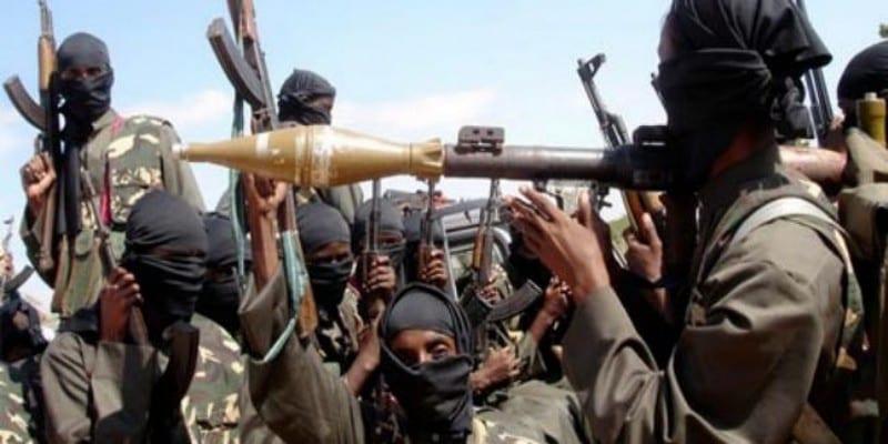 Photo de Lutte contre le terrorisme : La Guinée et le Mali visent une stratégie commune  des forces armées