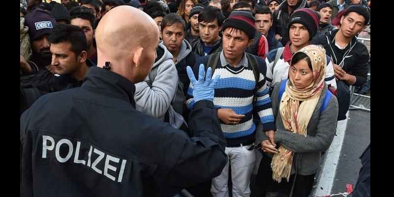 Photo de Allemagne: La police recrute des migrants pour assurer l'ordre public