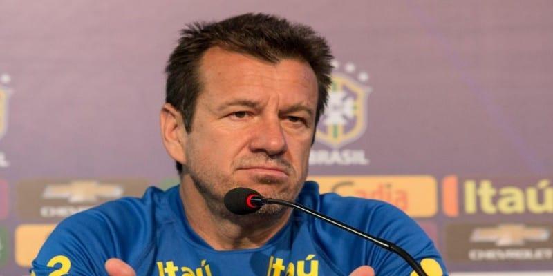 Photo de Copa America : après l'élimination du Brésil, voici la sanction de Dunga
