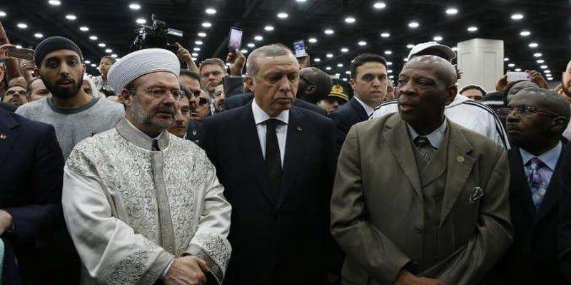 Photo de Vexé, Erdogan quitte les funérailles de Mohamed Ali et rentre en Turquie, voici la raison !