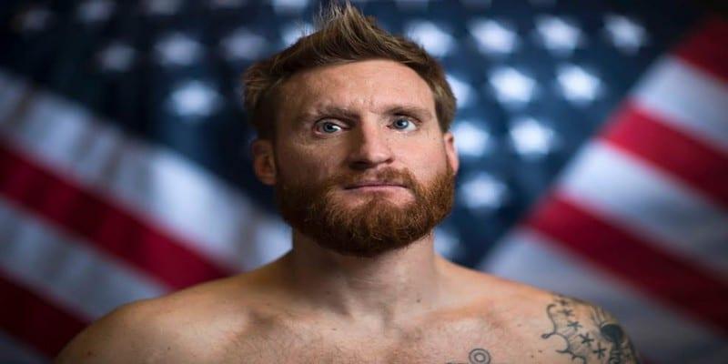 Photo de Emouvant, aveugle suite à l'explosion d'une bombe, il se dépasse et devient champion olympique.