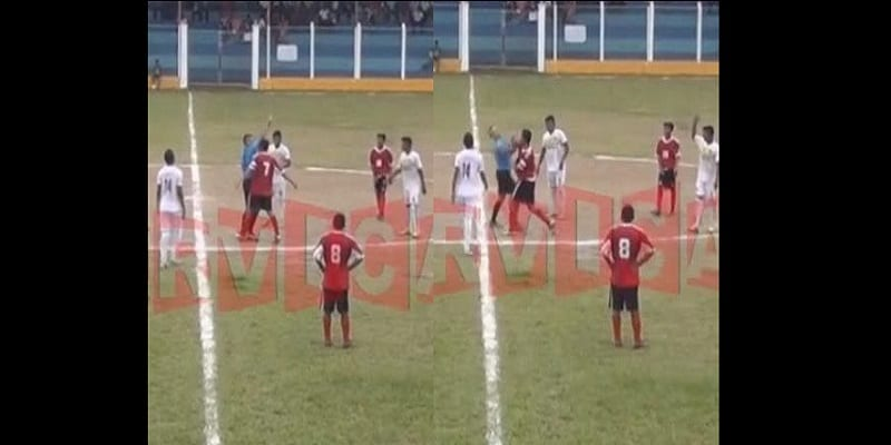 Photo de Un footballeur Guatémaltèque bat un arbitre après avoir reçu un carton rouge: VIDÉO
