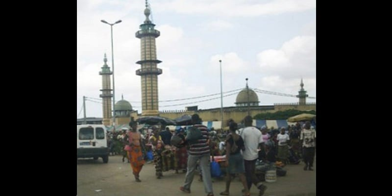 Photo de Côte d'ivoire: Les microbes frappent à nouveau à Adjame