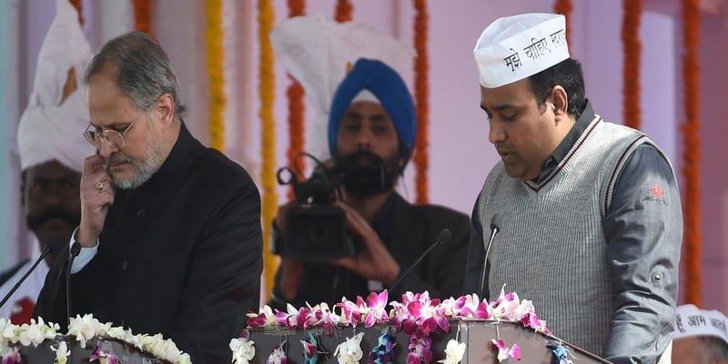 Photo de New Delhi: L'ex-ministre du droit des Femmes à nouveau plongé dans un scandale sexu3l