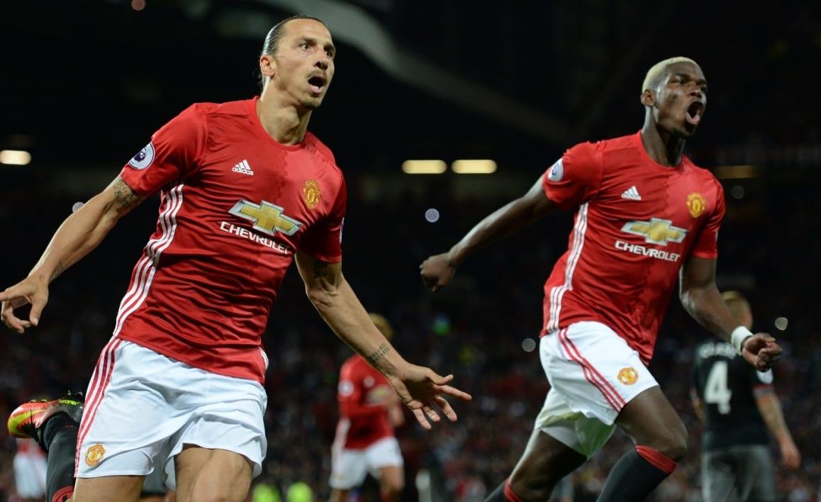 Photo de Pogba et Ibrahimovic en tête du top 10 des ventes de maillots en Angleterre