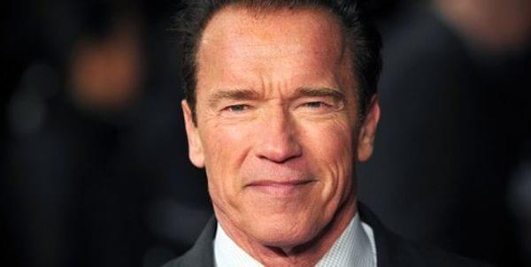 Photo de Allemagne: Quand Arnold Schwarzenegger se fait arrêter par la police !