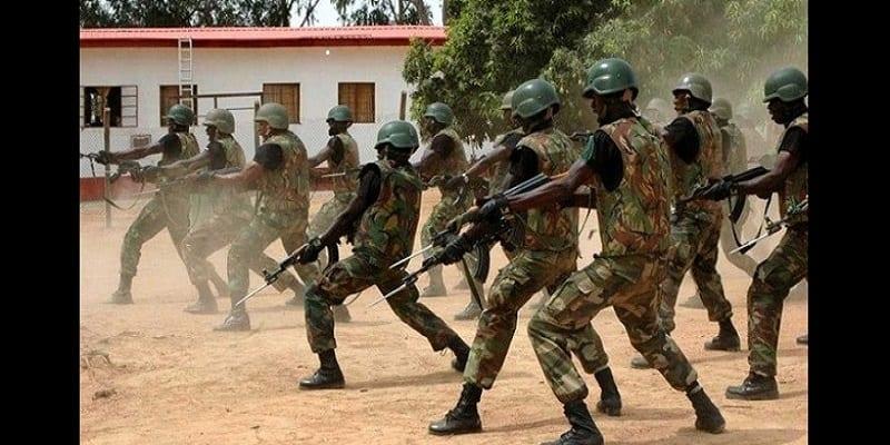 Photo de Nigeria: Plusieurs soldats et policiers arrêtés pour avoir divulgué des informations à Boko Haram