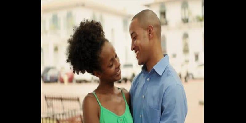 """Photo de 7 choses que chaque partenaire dans un couple aimerait entendre en plus du """"Je t'aime"""""""