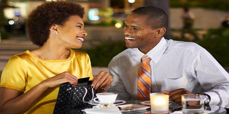 Messages à envoyer après un premier rendez-vous amoureux