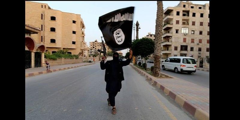 """Photo de Daech appelle ses partisans à """"massacrer"""" les électeurs lors de l'élection présidentielle américaine"""