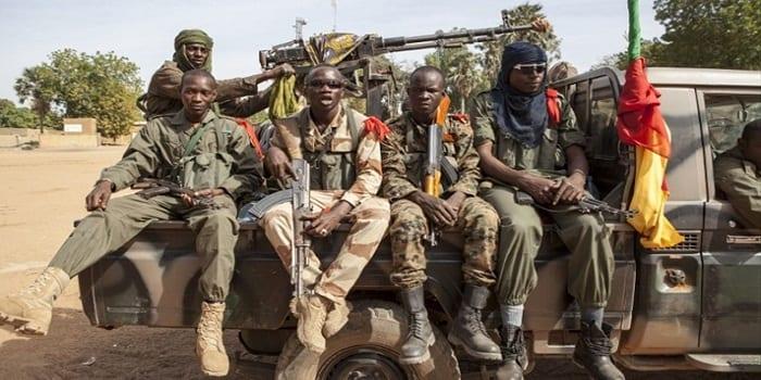 Photo de Élections Municipales au Mali: 5 militaires et 1 civil tués