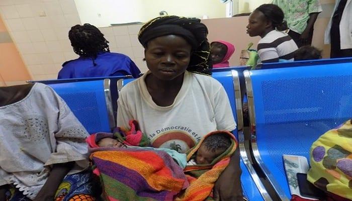 Photo de Burkina Faso : Séparation réussie pour deux bébés siamois…La mère s'exprime!