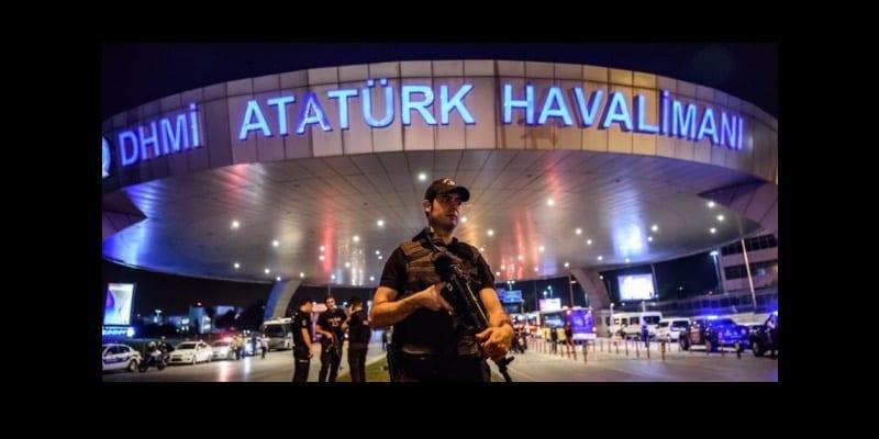 Photo de Turquie: deux Nigérians interpellés  à l'aéroport d'Istanbul… découvrez ce qu'ils avaient dans leur estomac