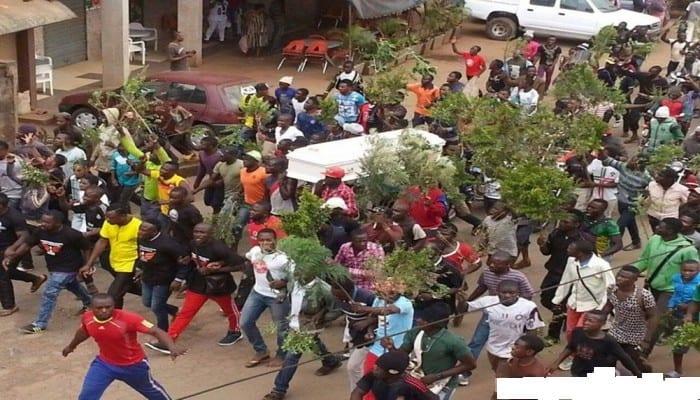 Photo de Cameroun: Affrontements à Bamenda entre enseignants grévistes et forces de sécurité…Vidéo