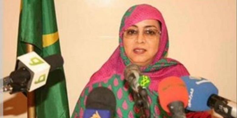 """Photo de Mauritanie: L'ambassadrice à Paris se fait voler son smartphone avec des données """"sensibles"""" dans un bus"""