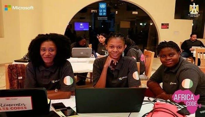 Photo de Des codeuses ivoiriennes remportent le premier hackaton régional de Microsoft