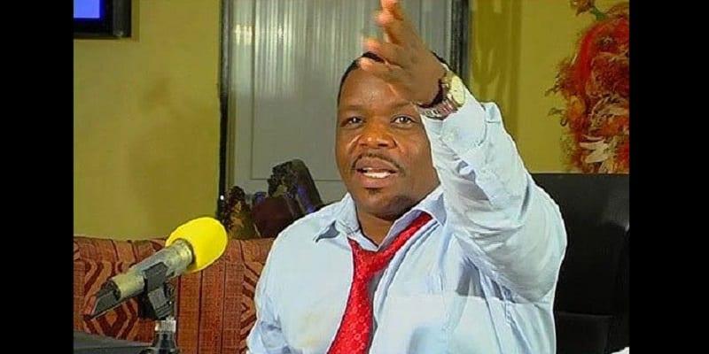 Photo de Ce pasteur tanzanien jure de devenir un colporteur si les journalistes qui l'ont diffamé ne meurent pas en 2017