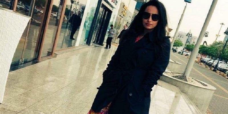 Photo de Arabie Saoudite : Une étudiante prend une photo sans le voile, les appels à son exécution se multiplient