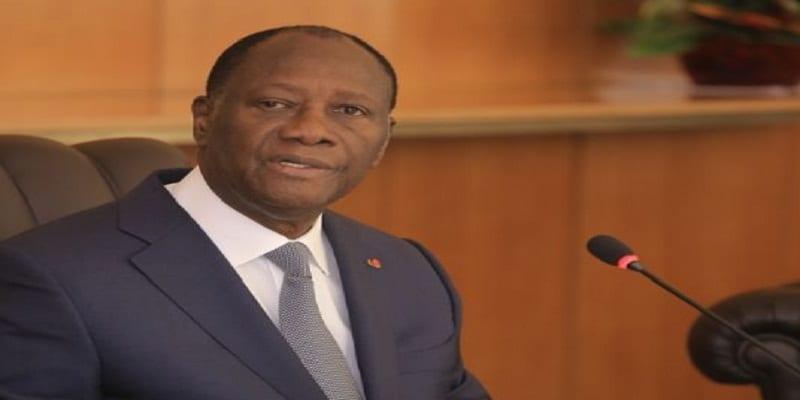 Photo de Alassane Ouattara rassure : « Que les gens arrêtent de se faire peur pour 2020 »