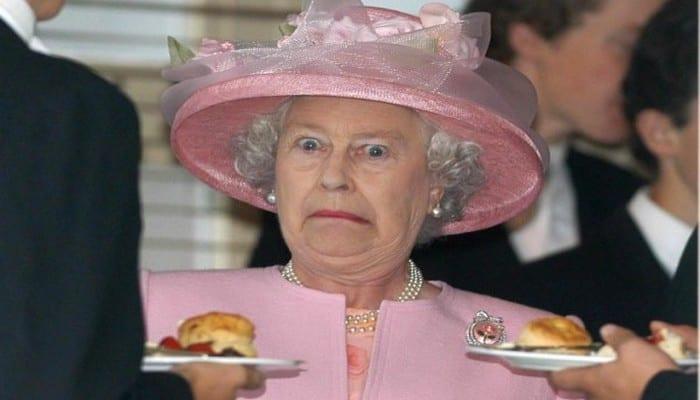 Photo de Angleterre: Un garde royal a failli abattre la reine Elizabeth II…Explication!