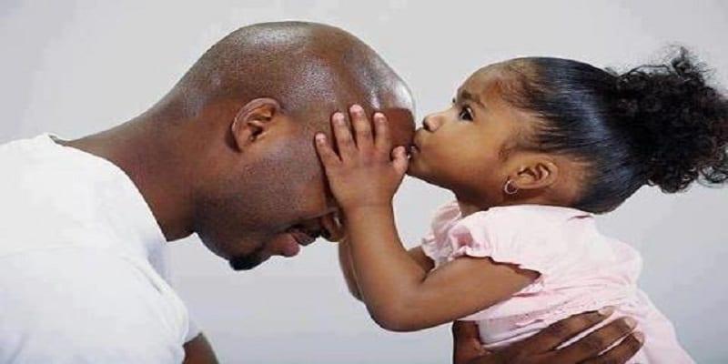 Photo de Une étude révèle que devenir père rendrait les hommes fidèles (Explications)