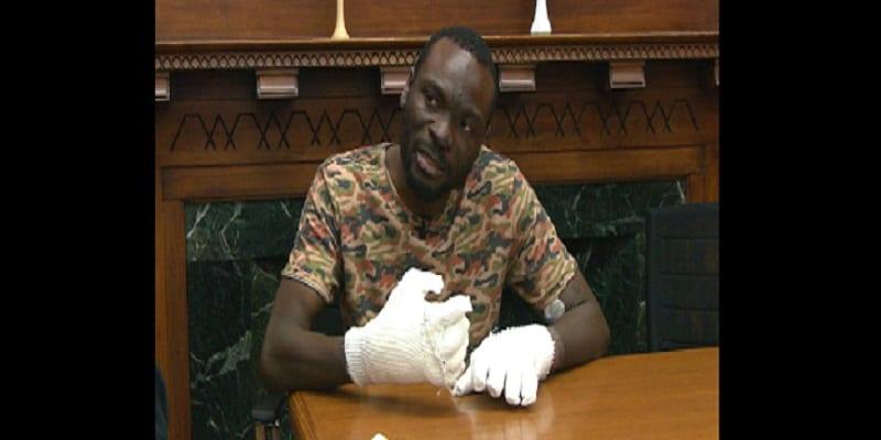 Photo de Un réfugié ghanéen perdra tous ses doigts en essayant d'entrer en Amérique: PHOTOS