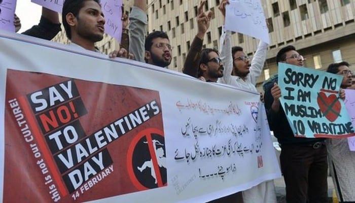 Photo de Pakistan: Interdiction formelle de célébrer la Saint-Valentin