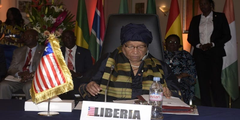Photo de Liberia:  Ellen Johnson Sirleaf interdit à ses ministres et fonctionnaires de voyager…Explications!