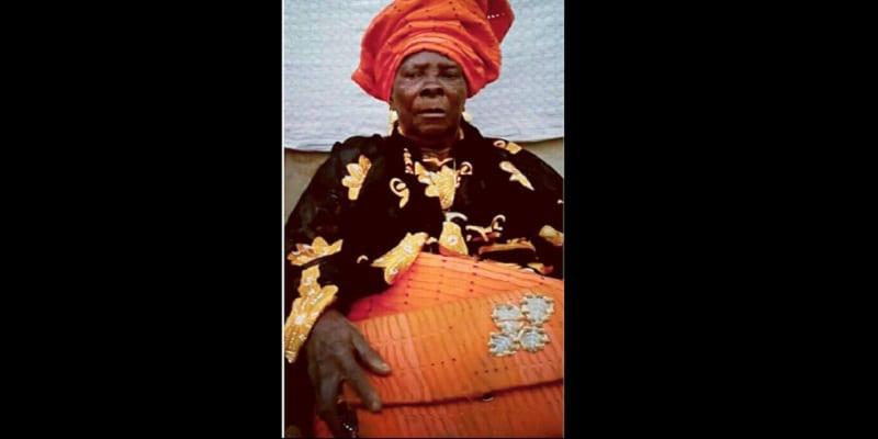 Photo de Une femme raconte comment sa grand-mère qui était morte est revenue à la vie!