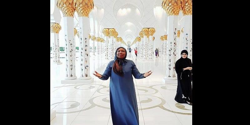 Photo de Une chrétienne partage une expérience passionnante après avoir visité une mosquée à Abu Dhabi: PHOTOS