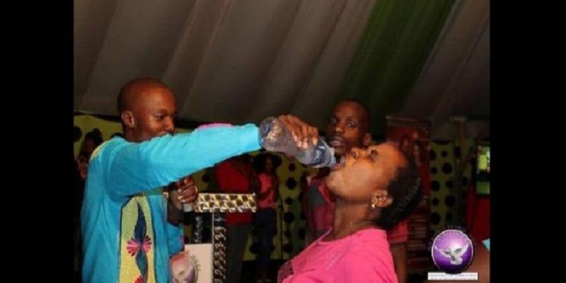 www.afrikmag.com