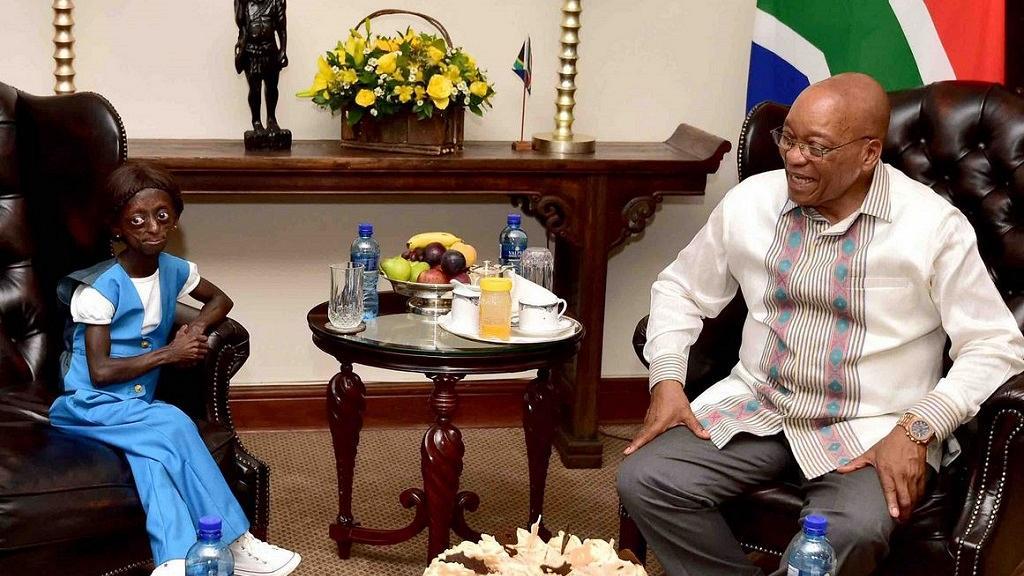 Photo de PHOTOS : Découvrez cette fille extraordinaire qui rêvait de rencontrer Jacob Zuma