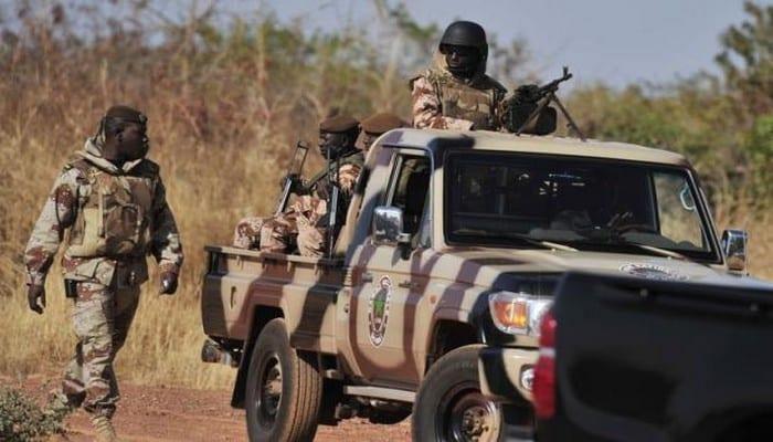 Photo de Burkina Faso: les autorités interdisent toute circulation nocturne aux véhicules et motos. Explications.