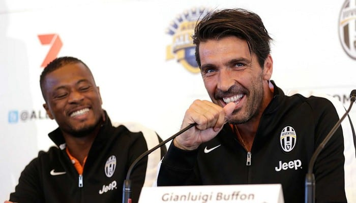 Photo de Football: Patrice Evra rend un grand hommage à Gianluigi Buffon (Vidéo)