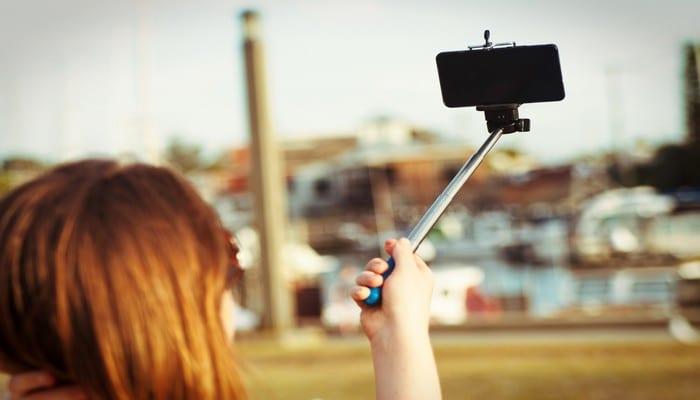 Photo de Royaume Uni: elle risque de perdre son boulot à cause d'un selfie osé! Photo