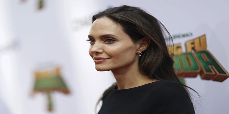 Photo de Angelina Jolie amoureuse d'un autre homme avant son divorce avec Brad Pitt?
