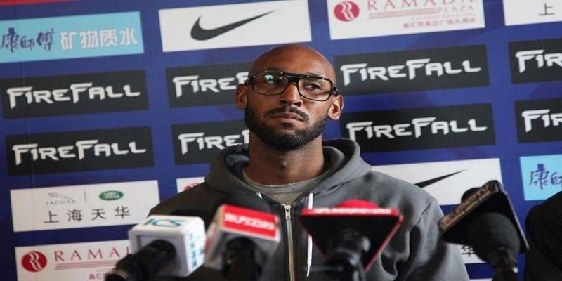 Photo de Mondial 2010: Nicolas Anelka va-t-il dévoiler le nom de la taupe qui a dévoilé ses insultes envers Domenech ?