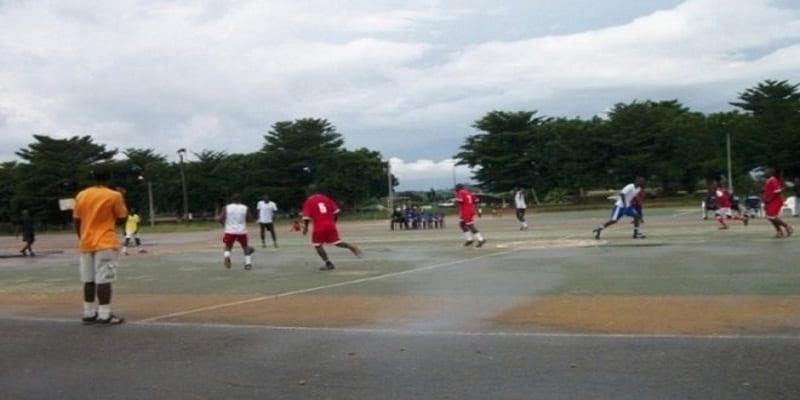 Photo de Côte d'Ivoire: triste fin pour un enseignant de lycée qui décède en plein match