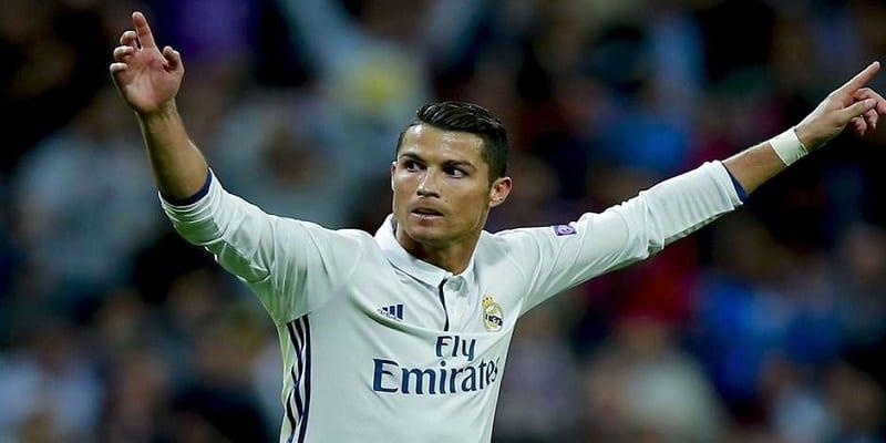 Photo de Cristiano Ronaldo bat un nouveau record en Ligue des Champions
