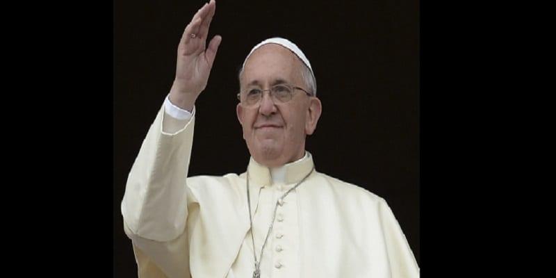 Photo de Le pape François ouvre une laverie gratuite pour les pauvres en Italie