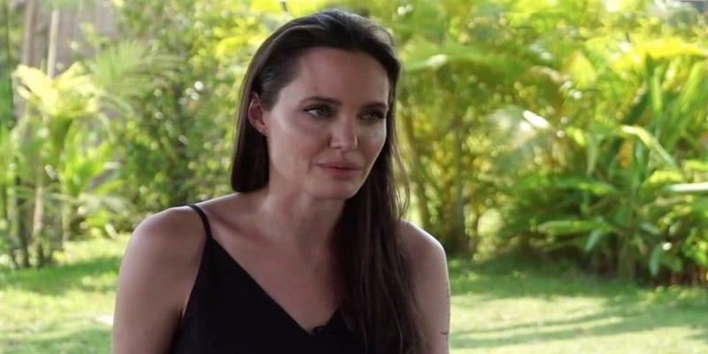Photo de Angelina Jolie aurait-elle été bouleversée par les aveux de Brad Pitt au point d'envisager de revenir avec lui?